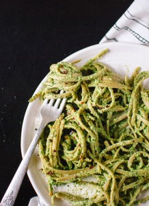 kale-hemp-and-flaxseed-oil-pesto